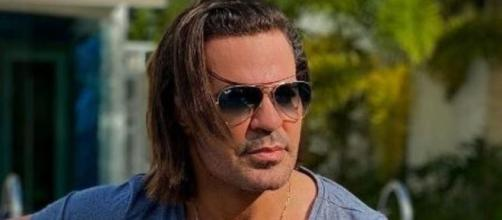 Irmão de Eduardo Costa é acusado de ameaçar a ex do cantor. (Arquivo Blasting News)