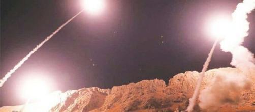 L'Iran attacca due basi Usa: inizia l'operazione Soleimani martire.
