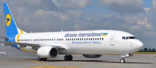 Ukraine Boeing 737 crashes after takeoff in Iran: no survivors. [Image source/Ishrion Aviation YouTube video]