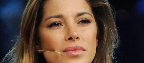 Aida Yespica, parla dei suoi amori nella puntata di giovedì 9 gennaio di Rivelo