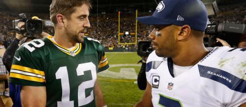 Aaron Rodgers e Russell Wilson são os jogadores da NFL até agora invictos. (Arquivo Blasting News)