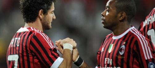 Alexandre Pato e Robinho ja atuaram juntos pelo Milan e hoje em dia estão desempregados. (Arquivo Blasting News)