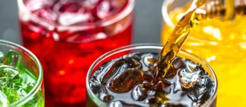 Beber refrescos en exceso pone en riesgo la salud. - animalgourmet.com