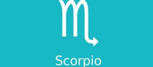 Oroscopo di ottobre per lo Scorpione: amore, lavoro e salute.