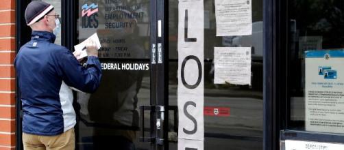 Pedidos de ayuda por desempleo crecen en EEUU. - voanoticias.com