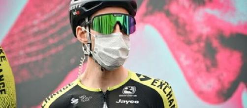 Giro D'Italia: Yates positivo alla Covid-19 dopo la tappa Matera-Brindisi: si ritira.