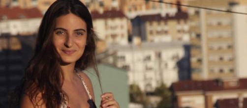Leticia Kaplan, filha do jornalista Bob Fernandes, morre aos 24 anos. (Arquivo Blasting News)