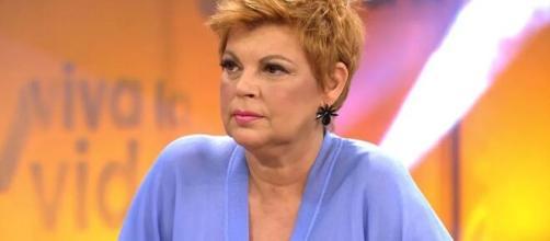 Fuente anónima dice que Terelu Campos dejaba sus bragas tiradas en el camerino.