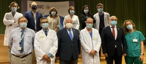 Los científicos de Córdoba, referencia mundial tras investigar el calcifediol en relación con el coronavirus