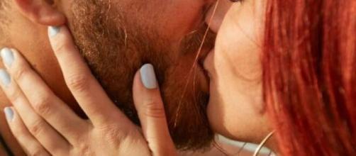 Cada signo demonstra ser atraído por características específicas na hora do flerte. (Arquivo Blasting News)