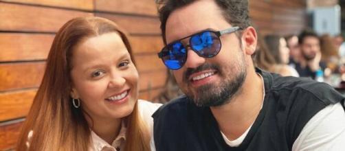 Fernando confirmou que voltou com Maiara com uma foto na internet. Foto: Arquivo Blasting News