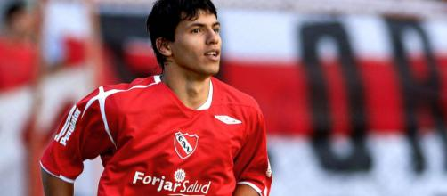 Ídolo no City, Aguero já jogou a Libertadores. (Arquivo Blasting News)