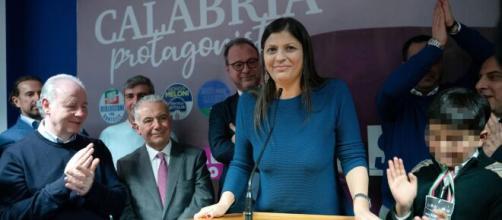 Calabria, è deceduta la presidente della regione Jole Santelli: aveva 51 anni.