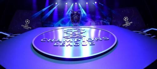 Champions League, Inter-Borussia Moenchengladbach in chiaro su Canale 5 il 21 ottobre.