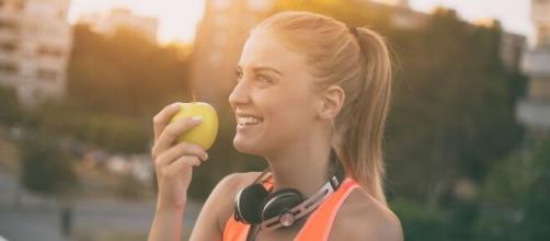 Dicas para comer menos e melhor. (Arquivo Blasting News)