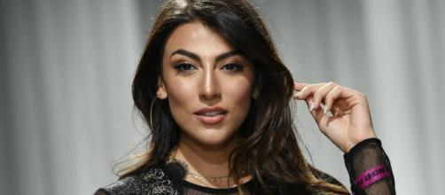 GF Vip: tra i cinque nuovi concorrenti ci sarebbero Salemi, Susinna e una giornalista del Tg5.