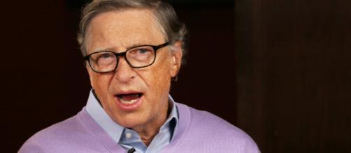Covid-19, Bill Gates: 'Non torneremo alla normalità finchè il virus non sarà eliminato a livello globale'.