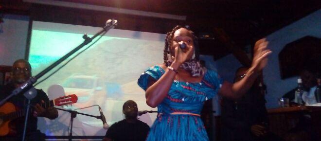 Cameroun : 'Biglad', cette étincelle de l'acoustique présente son album 'Toudoux'