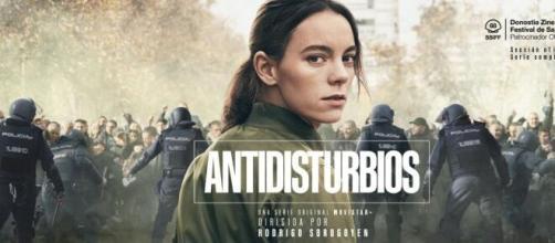 Cartel promocional de 'Antidisturbios', la serie criticada duramente por la policía