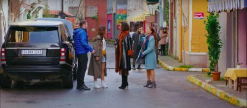 DayDreamer, anticipazioni 24 ottobre: nel suo quartiere Sanem discute con Huma, la madre di Can.