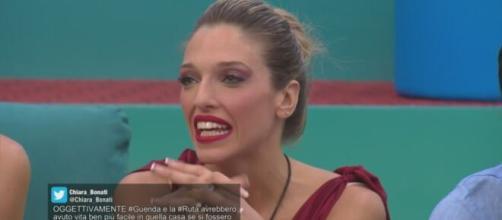 GF Vip, Guenda si sfoga con Stefania sulla storia di Telemaco: 'Mi vergogno a raccontare'.