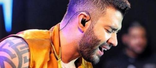Gusttavo Lima causou um furor nas redes sociais ao apagar vídeo de anúncio da separação. (Foto: Globo).