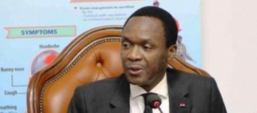 Le Ministre délégué à la Présidence Chargé de la Défense Joseph Beti Assomo (c) Mindef