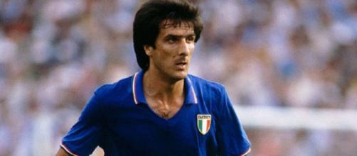 Gaetano Scirea con la maglia della nazionale italiana.