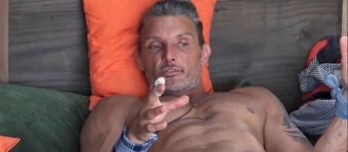 Juliano Ceglia vira fazendeiro carrasco após bronca em Narizinho. (Arquivo Blasting News)