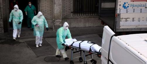 Sanitarios de Madrid al borde del colapso frente al avance de la segunda ola de COVID-19