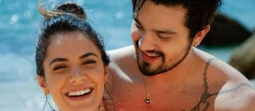 Jade Magalhães e Luan Santana noivaram no ano passado. (Reprodução/Instagram/@luansantana)