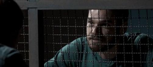 """""""A Força do Querer"""": Rubinho assume crime para se livrar de ciúmes de Bibi"""