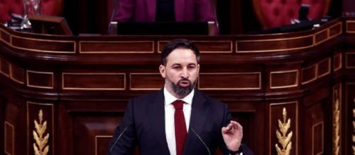 El lider de VOX Santiago Abascal presento la moción de censura contra Pedro Sánchez de forma claramente hostil