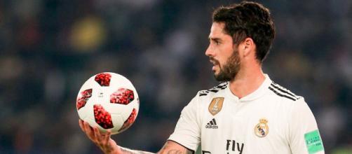 Isco del Real Madrid potrebbe trasferirsi alla Juventus.