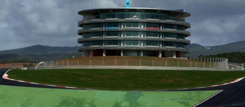 La Formula Uno torna dopo 24 anni in Portogallo, il 25/10 si correrà il Gp di Portimao.