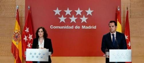 Madrid pone el foco en los jóvenes y estudia cómo limitar fiestas y reuniones privadas