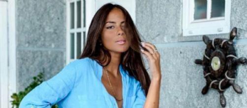 Melyssa Pinto habla sobre su relación con con Tom Brusse en una entrevista