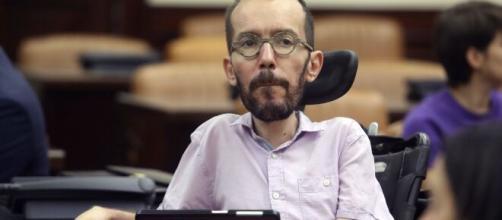 Pablo Echenique es condenado a pagar una multa por contratar ilegalmente a una asistenta