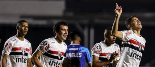 Vitor Bueno fez o gol mais bonito da partida, acertando chute de fora da área (Staff Images/Conmebol)