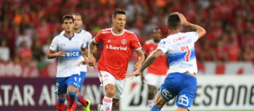 Nesta quinta (21), o Internacional tenta se classificar para as oitavas da Libertadores. (Arquivo Blasting News)