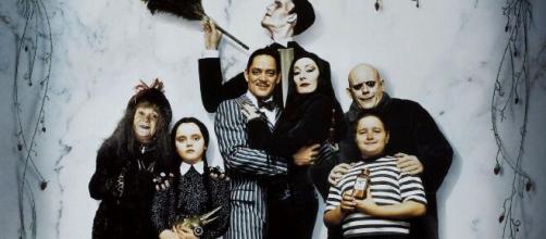 Tim Burton traerá de regreso a los locos Addams
