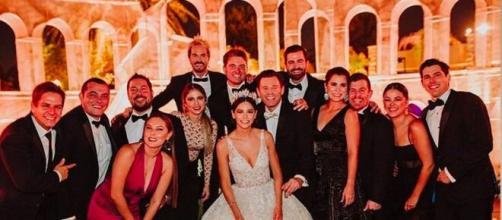 Ator mexicano faz festão de casamento, e 100 convidados pegam coronavírus. (Arquivo Blasting News)