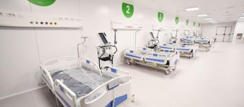 Coronavirus, Milano oltre 150 pazienti in terapia intensiva, riapre ospedale in Fiera