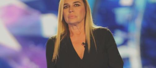 Lory Del Santo: 'Ho subito violenza fisica e psicologica'.
