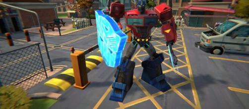 Transformers: Battlegrounds, tornano su console i robot mantenendo il gusto retrò anni 80.