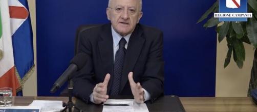 Vincenzo De Luca annuncia il lockdown in Campania a breve.