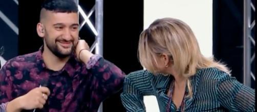 X Factor: Emma elimina a sorpresa Roccuzzo, lui scoppia in lacrime.