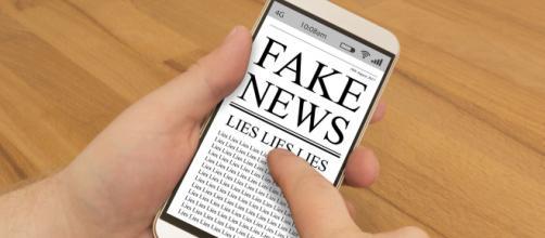 Notícia na Internet sobre voto pelo telefone celular é fake news e votação deverá ser feita presencialmente. (Arquivo Blasting News)