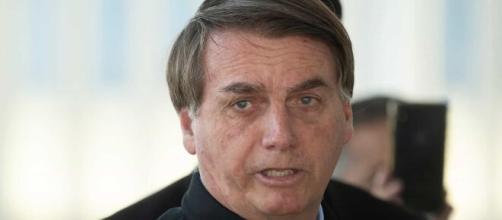 Bolsonaro manda homem comprar arroz na Venezuela. (Arquivo Blasting News)