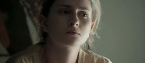 Ivana revela que odeia seus seios e confessa que gostaria de tirá-los. (Reprodução/TV Globo)